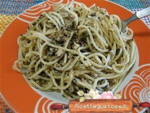 Spaghetti freddi funghi e olive