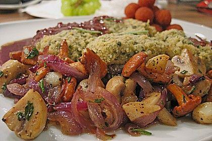 Lammsteak unter der Kräuterkruste im Barolo - 4 Pfeffer Jus an Pilzböhnchen (Rezept mit Bild)   Chefkoch.de