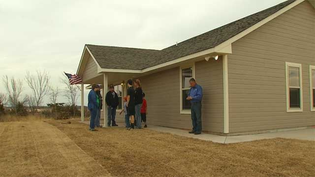 Carney Tornado Pics | Carney Family Receives New Home After Losing House To Tornado - News9 ...
