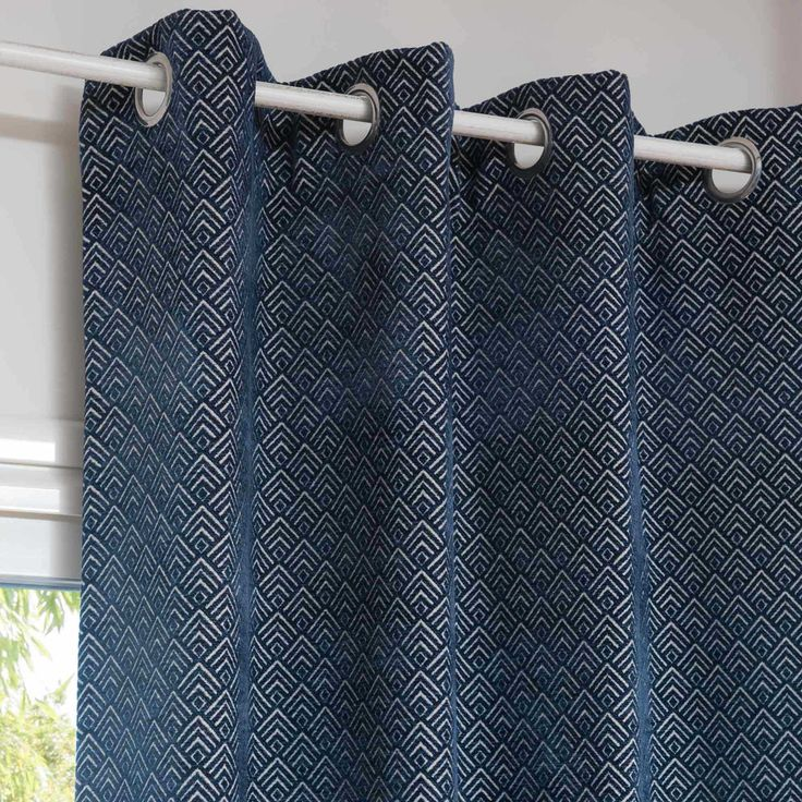 STEVES blue eyelet curtain 140 x 250 ...