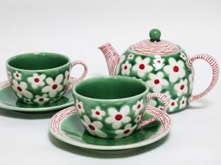 design meets the story......munbim: Flower - teapot & teacup