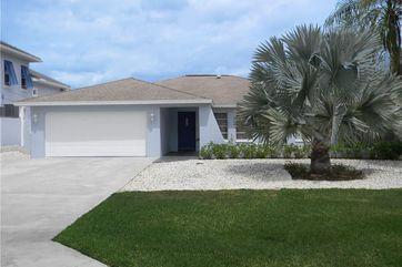 467 Oak NAPLES, FL 34108 - Image 1