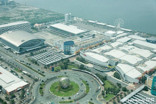 SM Mall of Asia, Philippines is the 3rd largest shopping mall in Asia and the 4th (Ref. Forbes' World's 10 Largest Shopping Malls) largest shopping mall in the world.