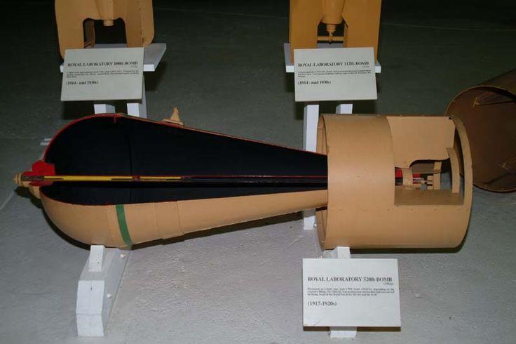 http://www.wwi-models.org/Photos/Various/Bombs-brit/RL520//keh/BombDSCF4199.JPG
