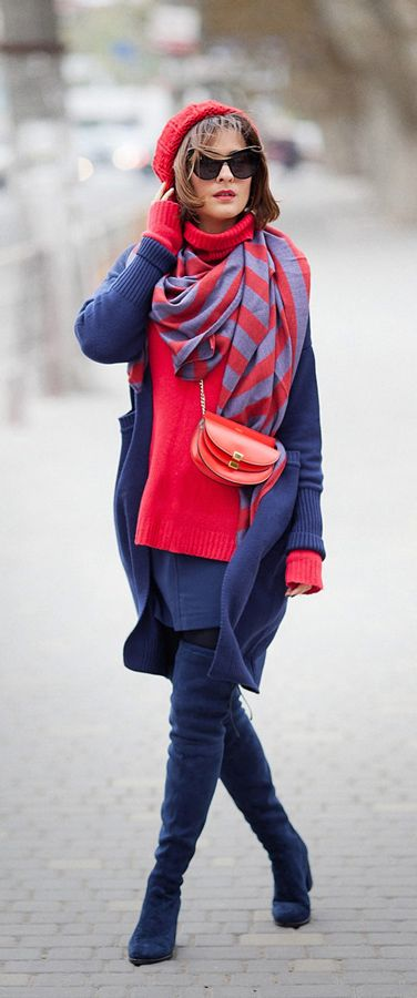 colorful outfit | total navy look | celine georgia bag | stuart weitzman over the knee boots | fall outfits | winter outfit ideas | street style