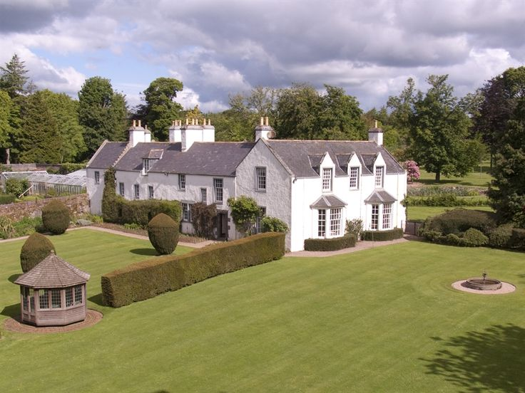 Set Amidst Stunning Grounds Its Historic Charm Combined With Refurbished Interiors Makes A Beautiful Wedding Venue
