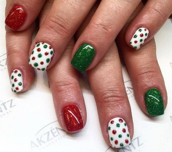 Green, Red White Dotted Holiday Nail Art.