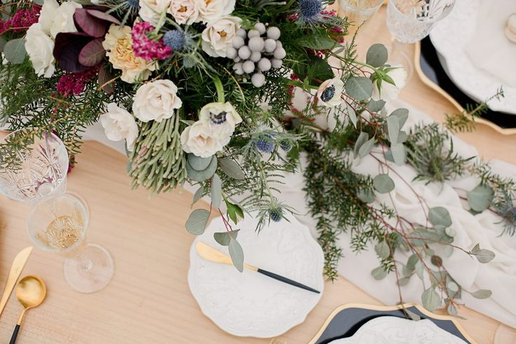 Woodland chic wedding shoot featured on Bloved Blog, flowers by Periwinkle Flowers, Toronto florist