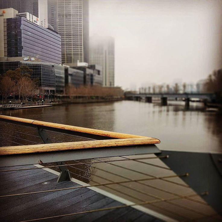 Goodnight Melbourne what will you give ua tomorrow? #photography #melbourne #iloveyoumelbourne #melbournepix #winter #morningfog #bridge #yarrariver #visitvictoria #lines #urbanlandscape #seeaustralia #landscape #nopeople