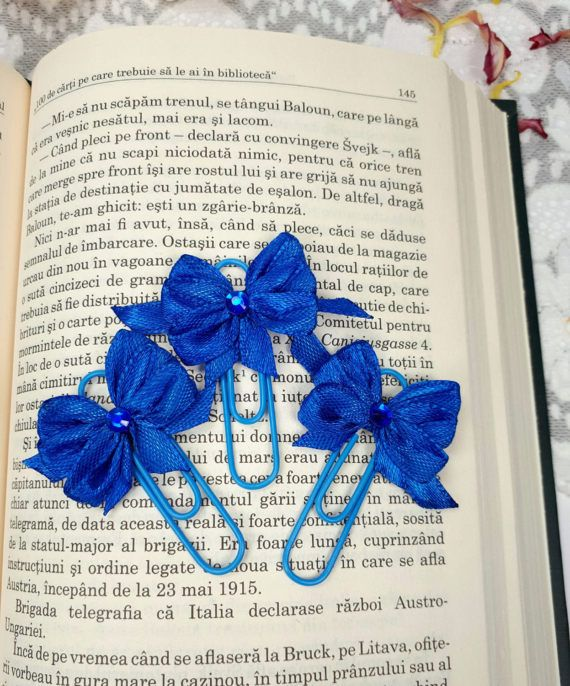 3 blue planner dividers bow planner clips blue by Rocreanique on Etsy