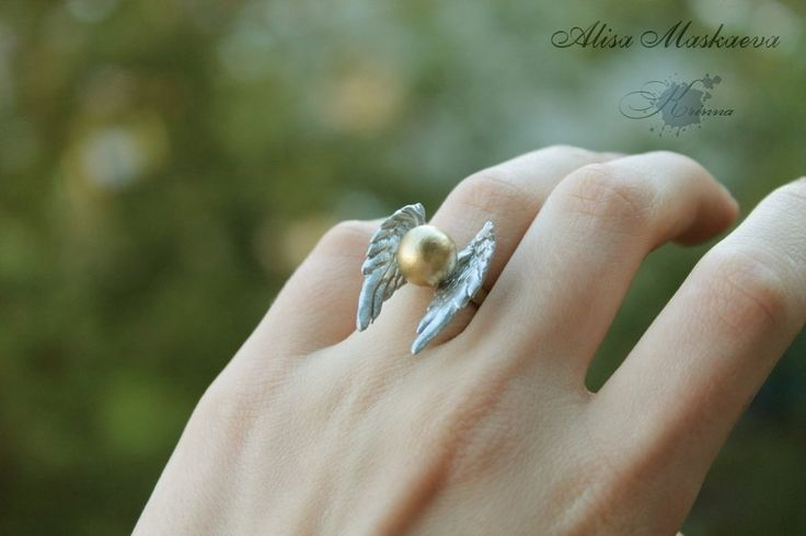Snitch ring from polymer clay (from Harry Potter) by =Krinna on deviantART I want this!!