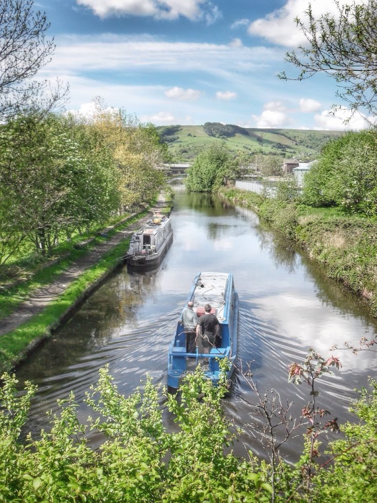 Rochdale Canal at Mytholmroyd. Yorkshire. UK.