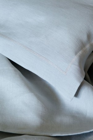 Moon Grey Pure Linen bedding from Mungo.