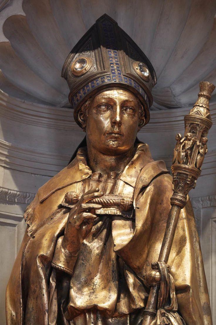 RT @santacroceopera: Donatello San Ludovico di Tolosa 1423 c. #masterpiece | Visit #SantaCroce https://t.co/5l5mxxC6F0