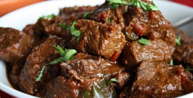 Receta de carne guisada | México Desconocido Recetas comida Mexicana. http://www.mexicodesconocido.com.mx/carne-guisada.html