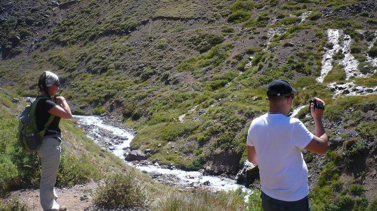 Trekking por el Monumento Natural El Morado Cajon del Maipo,Chile, www.gbiketours.net