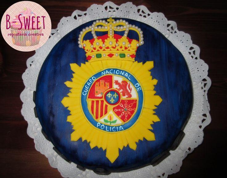 Tarta Fondant: Escudo del Cuerpo Nacional de Policía