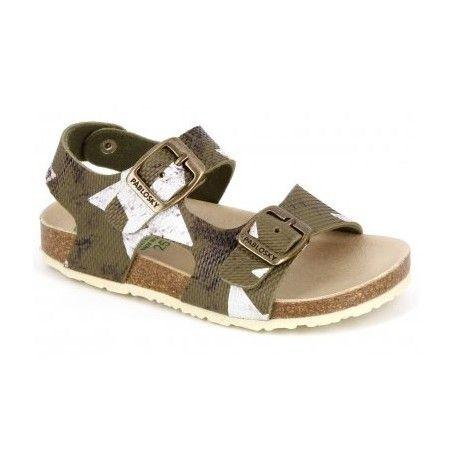 Sandalias de la marca pablosky con estilo propio . Modelo cómodo y ligero con cierre de hebillas para un mejor ajuste al pie . Zapato de suela bios para mejorar
