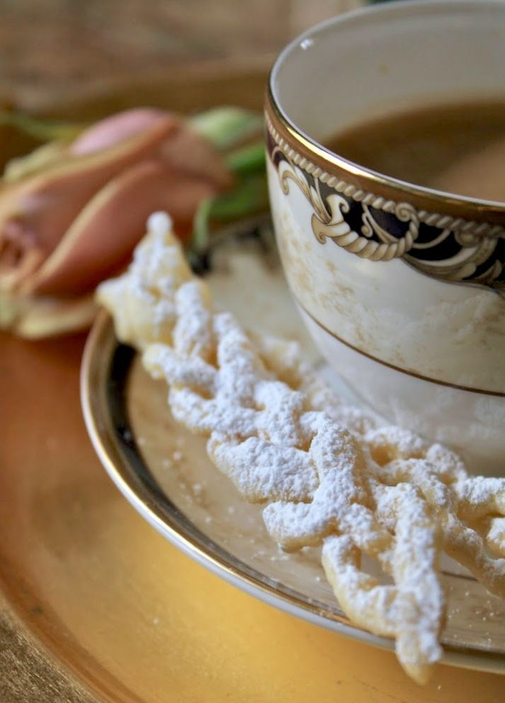 Wedgwood Cornucopia cup and saucer with a braided cioffe #Italianfood #carnevale #fattuesday