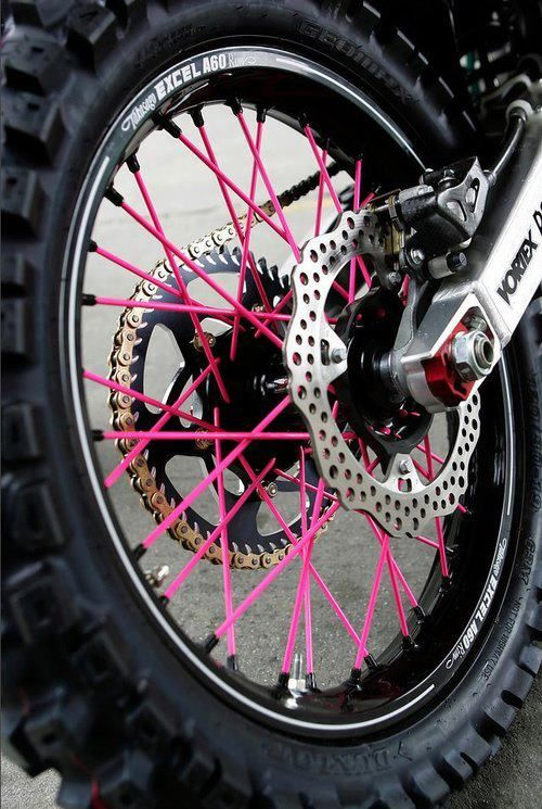 Pink spokes. Haha. Awesome.