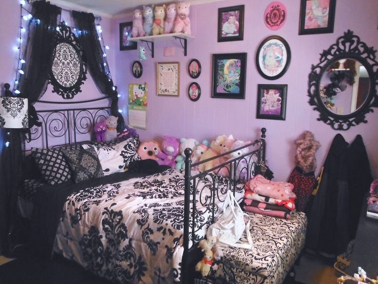 Best 25 Purple Black Bedroom Ideas On Pinterest Grey Bedrooms Color Schemes And Accents
