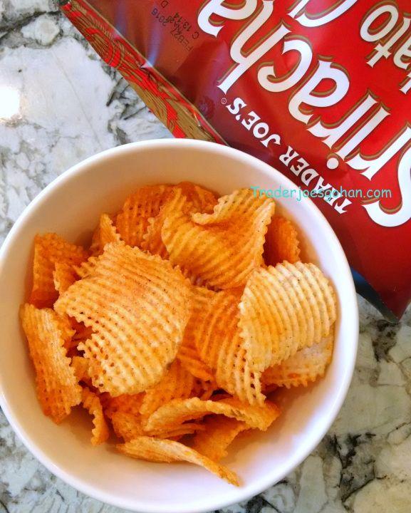 Trader Joe's Sriracha Potato Chips Lattice Cut Kettle Cooked 7oz (168g) $2.29 トレーダージョーズ シラチャー ポテトチップス #トレーダージョーズ #シラチャー #ポテトチップス #traderjoes #sriracha #potatochips