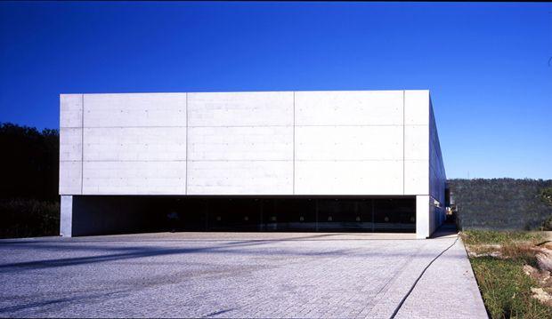Piscina  climatizada na Telleira    Vila y Virseda + Arbau + Iñaqui Carnicero   Ames (2005)