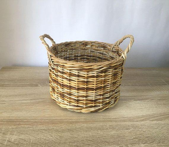 Storage basket with handles Rustic Farmhouse decor Round wicker basket Organization basket Hand Woven basket Kitchen Bath Bedroom basket #basketweave #weaving #paper #storage