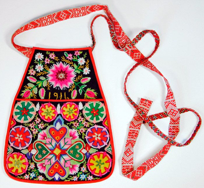 Swedish folk costume bag, 1916
