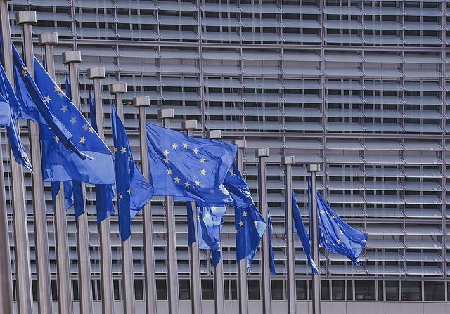 Derecho al olvido digital, nuevo reglamento europeo. El nuevo reglamento europeo relativo a la protección de datos, recoge expresamente la posibilidad de que todo ciudadano ejerza el Derecho al Olvido digital.
