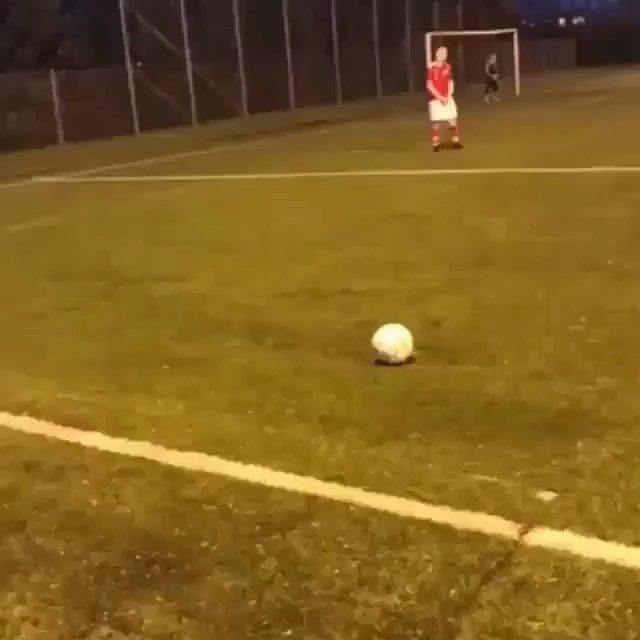 I BET TOU CANT SPELL FOOTBALL in the comment without getting interrupted! (1 letter at a time) -  @nextgensoccer_ for more #football #Livescore #Sports #futbol #WorldCup #FIFA #MLS #freekick #Nike #goals #goal #futbol #soccer #soccerclethe #Cleats #football #boots #Magista #nikefootball #adidasfootball #iamnext #like #l4l #f4f #likeforlike