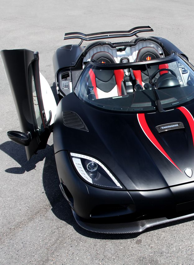 Black Koenigsegg Agera R: 1000+ Images About Grade 8 Mall On Pinterest