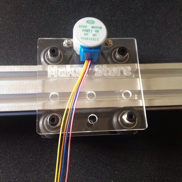 A DIY Arduino controller camera slider from Maker Store.
