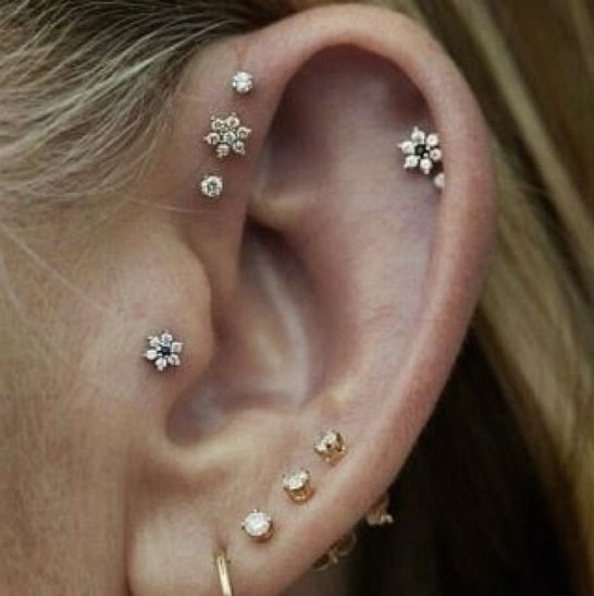 15 Pretty Ear Piercings That'll Inspire You To Add More Studs, Stat | Bustle