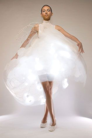 Hussein Chalayan, technology, futuristic, lights, cloud, bubble, dress
