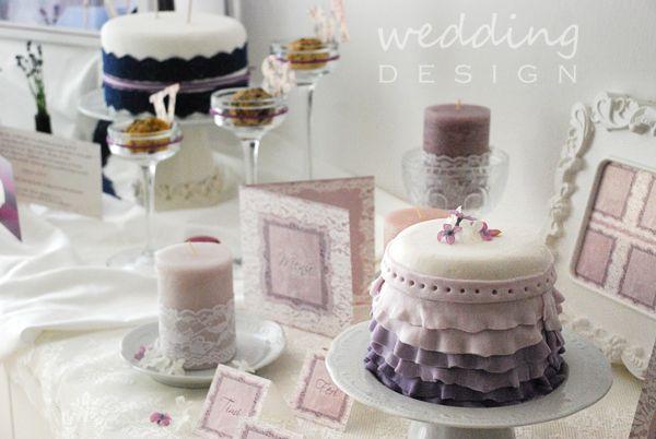 ultetokartya tematikus het menyasszonyi torta menukartya inspiracio eskuvoi torta eskuvoi meghivok eskuvoi grafika fooldal eskuvoi grafika eskuvoi dekoracio eskuvo , lila tematikus hét lila esküvő csipke