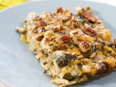 """Chicken Spinach Lasagna (Trisha on Ice) - Trisha Yearwood, """"Trisha's Southern Kitchen"""" on the Food Network."""