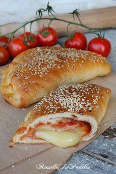 Calzoni al forno, la rosticceria Siciliana (da ridurre il lievito e lasciar lievitare di più l'impasto)