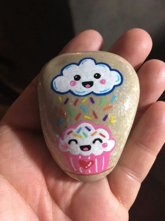 Cute and Creative Rock Painting Ideas cake.. tag: rock painting ideas easy, rock painting ideas fish, rock painting ideas animals, rock painting ideas beach, rock painted fun face. #rockpaintingideas #art #creativeideas #forkids #craft #DIY #rockart #artstones
