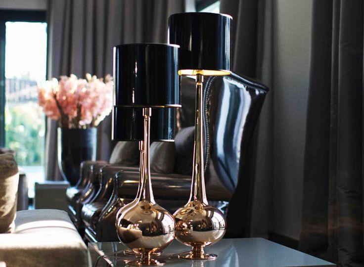 Styl glamour powstał na początku XX wieku jako przeciwwaga dla oszczędnego w formie minimalizmu. Zapraszamy do obejrzenia galerii najpiękniejszych wnętrz.