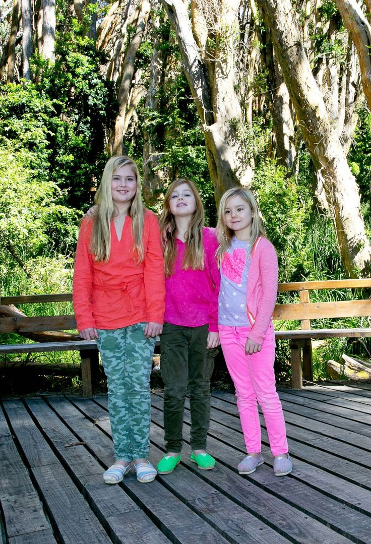 Princess Amalia, Princess Alexia and Princess Ariane are all smiles and look like they can't wait for Christmas.