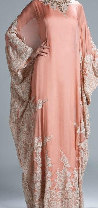 Kaftan To wear with #Hijab This is lovely!