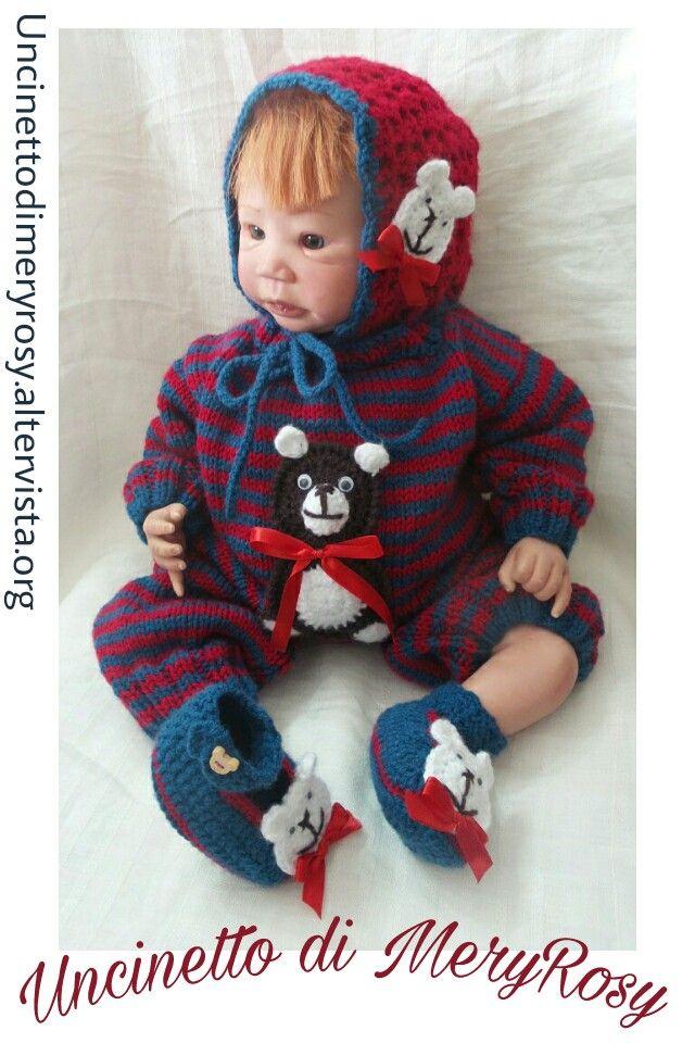 Tutina lavorata a maglia, scarpine e cuffietta ad uncinetto con applicazioni orsetti ad uncinetto. Lavoro creato per una bambola reborn ma anche adatto ad un bimbo!  #tutina #lavoroamaglia #outfit #knitted #knitting #handmade #fattoamano #diy #uncinetto #crocheted #crochet #scarpine #scarpe #cuffia #cuffietta #shoes #orsetto #reborn  #baby #bebè #bebe #bimbo