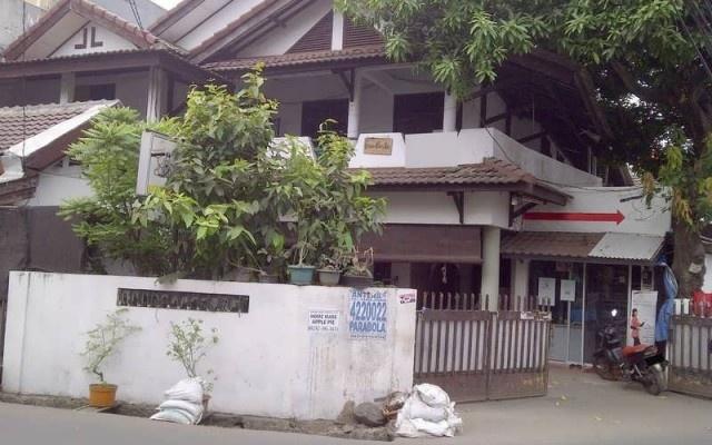Dijual Rumah Di - Rumah Dijual 3 Star Rating: Average Kemanggisan Jakarta Barat, Jakarta Rp. 6,000,000,000   Pusat informasi iklan Jual Beli Rumah Termurah