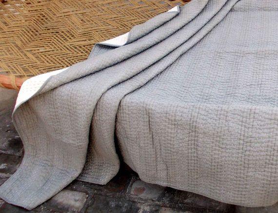 Grau gesteppt Tagesdecke, Streifenmuster, Baumwolle Kantha Quilt, 100 % Baumwolle, 60 X 90 Zoll