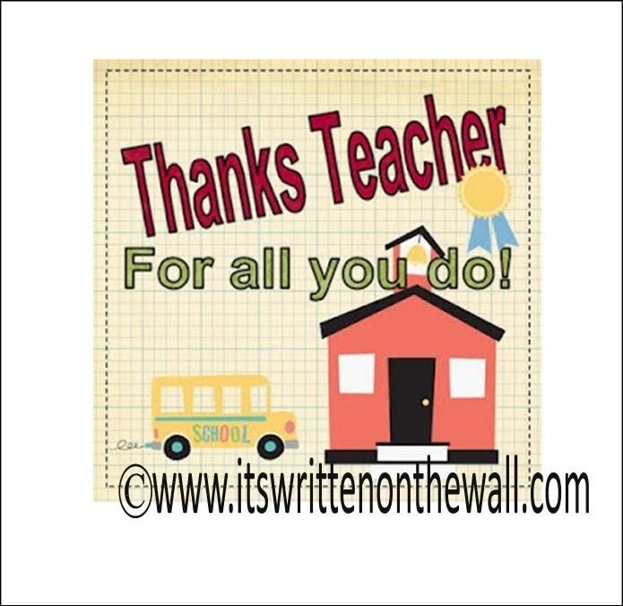 It's Written on the Wall: {Teacher's Appreciation} A Welcome Wreath For the Teacher's Room