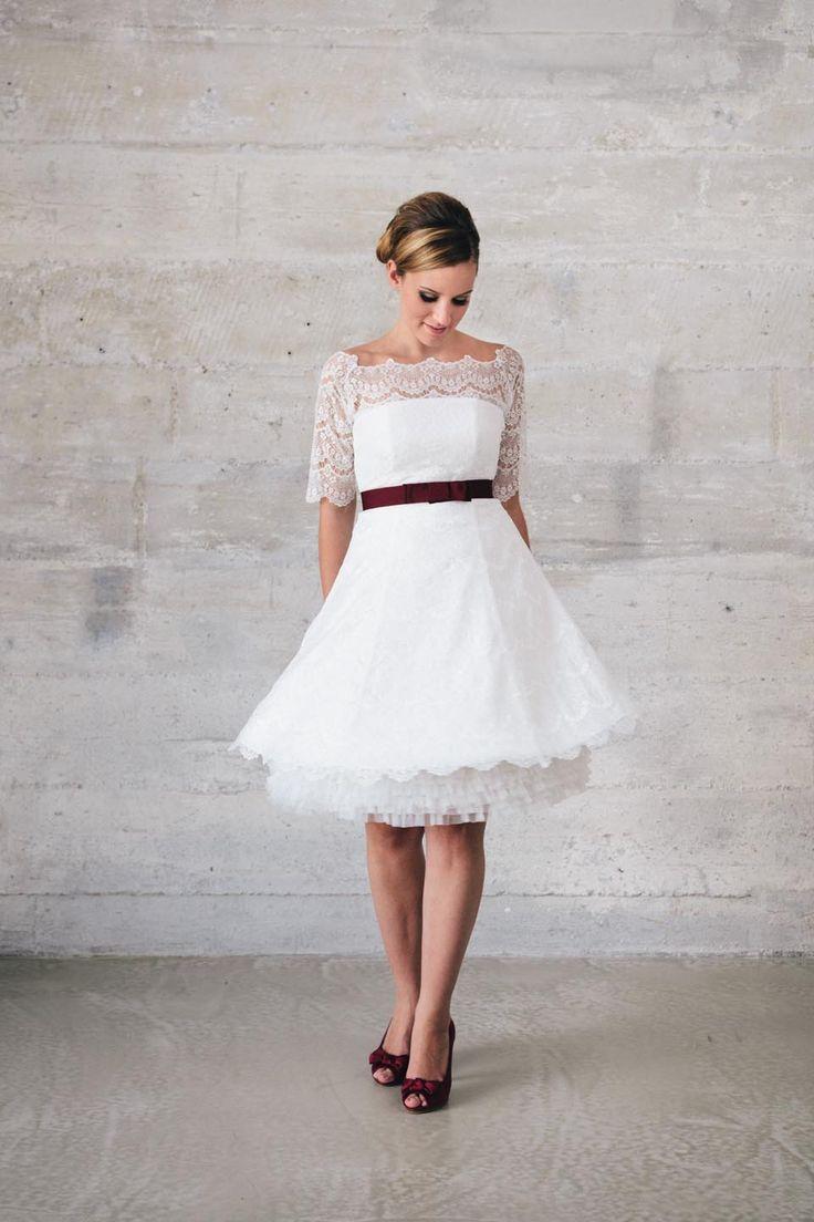 92 best Brautkleid A Linie images on Pinterest   Dress collection ...