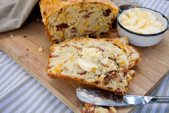 Bacon and Corn Bread | AreaderZ