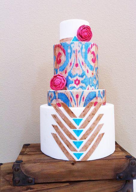 Utterly Engaged cake by www.heytherecupcake.com,  JUST WOW!