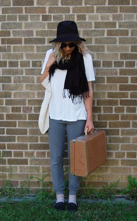 Travel Outfits That Are Both Comfy and Cute? Easy!